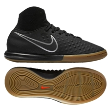 Nike Youth MagistaX Proximo II IC Indoor Soccer Shoes (Black/Black Gum/Light Brown)