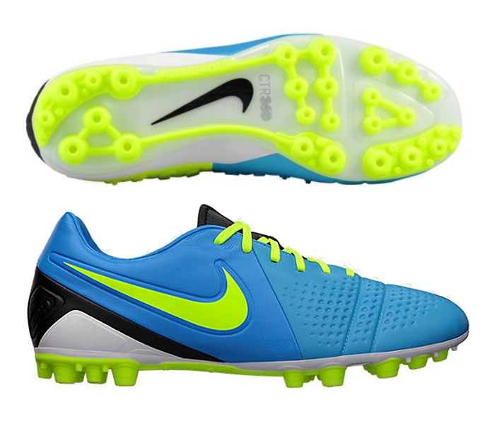 Nike Soccer Shoes Are the Grass - Good Football Shoes