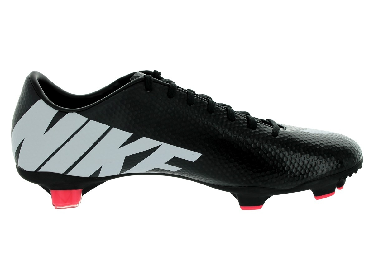 nike black soccer cleats
