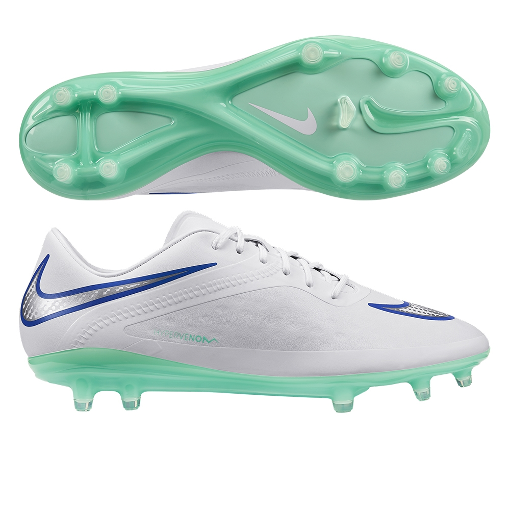 white nike soccer cleats