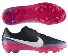 Nike Soccer Cleats |SALE $40.95| 538122-014 | CR7 Youth Victory III Soccer Cleats in Black |soccercorner.com
