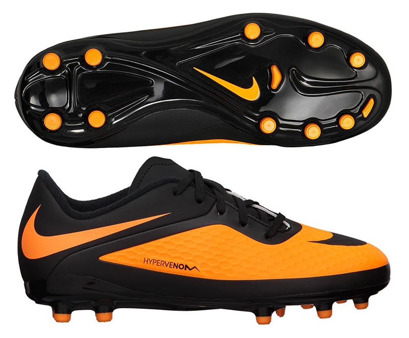 kids nike soccer shoes