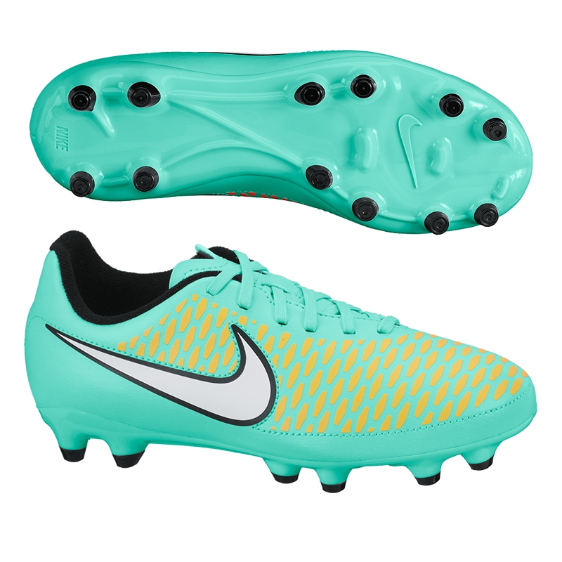nike junior soccer cleats