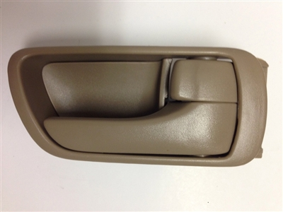 02-06 Camry Interior Door Handle RH - Beige