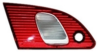 1998-2000 TOYOTA COROLLA LH TRUNK LAMP (DRIVER)