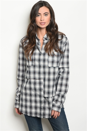 S18-6-1-T75229 NAVY OFF WHITE CHECKERED TOP 3-2-1