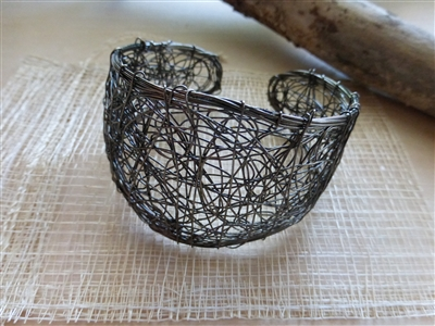 Chic Metal Wire Cuff Bracelet - India