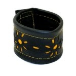 Recycled Tire Tube Bracelet with Flowers - India