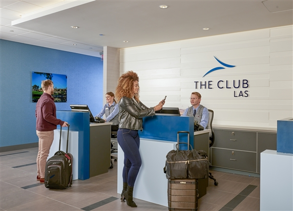 The Club at LAS, Terminal 1D - Day Pass