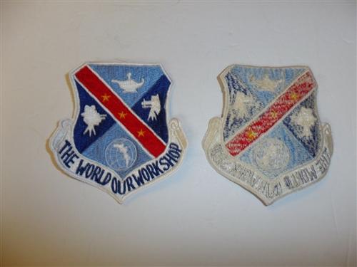 c0463  WW 2 France  War Correspondent patch white stitching R9E