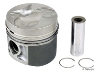 Mercedes Engine Piston Kit with Rings 5-Cylinder New Mahle OM617 NA W115 W123 300D 300CD 300TD