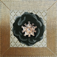 114a Black Flower Bling