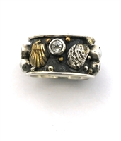 Botticelli Band Ring from Mars & Valentine