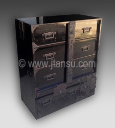 Japanese Lacquer Clothing Tansu - Lock Bar