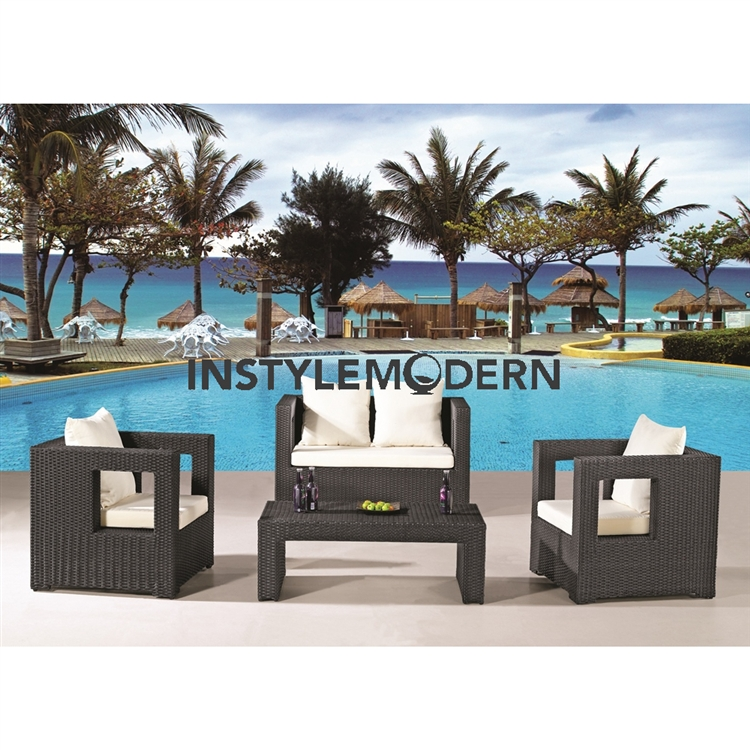 Superbe Fine Mod Imports Sterling Outdoor 4 Piece Seating Set