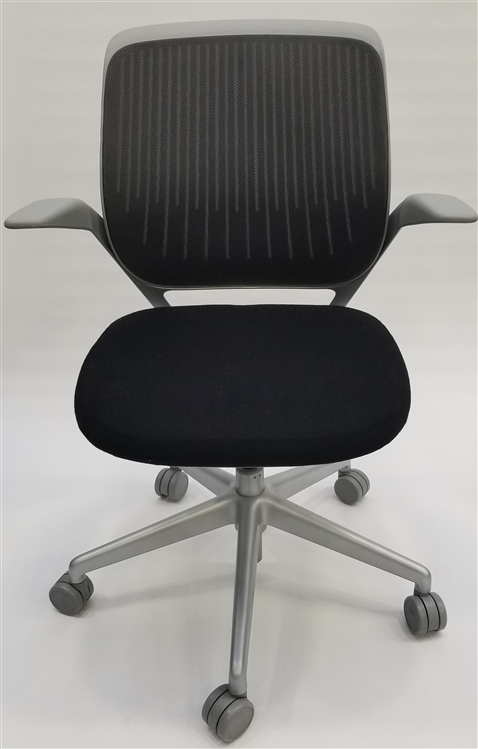 Cobi fice Chair in Gray By Steelcase