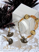 Resin Fan Bracelet & Earrings Set