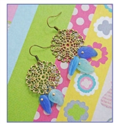 Milky Leaf Drop Earrings Kit as featured in digital beading