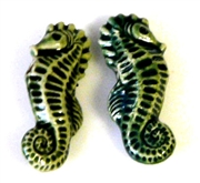 2pc porcelain seahorse beads green 26x10m