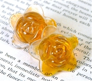 2pc glass flower 20mm orange