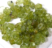 100pc Gemstone Chips Peridot 6-8mm