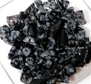 100pc Gemstone Chips Snowflake Obsidian 6-8mm