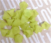 10pc 10mm Lucite Bell Flowers Olive