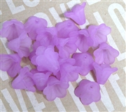 10pc 10mm Lucite Bell Flowers Violet