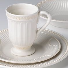 Butler's Pantry® Buffet 4-piece Place Setting by Lenox + BONUS