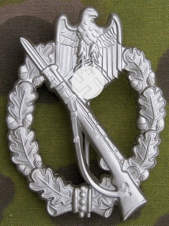reproduction german wwii silver infantry assault badge