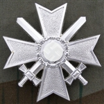 War Merits Cross With Swords Pin Back