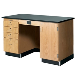 "Diversified Woodcrafts Instructor's Desk w/ Flat Top - 60"" W X 30"" D <br>(Diversified Woodcrafts DIV-1214KF-R)"