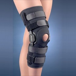 PowerCentric Composite Polycentric Hinged Knee Brace #37-109