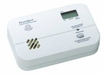 First Alert Plug-In Carbon Monoxide Alarm Digital Display and RC Test-Silence
