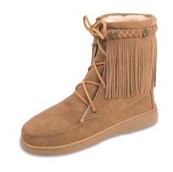 Minnetonka Sheepskin Tramper Boot - Tan Fringe