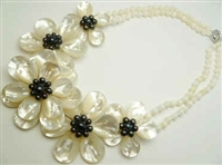 20659 MOP 5 flowers Combo with Double Pearl Strings Necklace