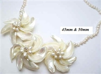 20682 MOP 3 flowers Combo with Single Pearl Necklace