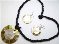 30391-6 Sea Shell Pendant w/Sea Beads Necklace& Earring Set