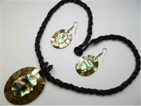 30391-8 Sea Shell Pendant w/Sea Beads Necklace& Earring Set