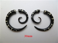 33359 Buffalo Horn Carving Earring