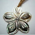 35418 MOP Flower Necklace