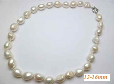 37076-2 13-16mm Fresh Water Pear Necklace