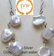 43191 Crazy Fresh Water Pearl Ball Earring w/925 Silver Hook