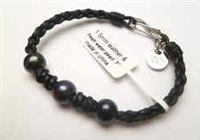 68038 Leather Bracelet with Fresh Water Pearl