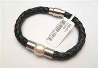 68048 Leather Bracelet with Fresh Water Pearl