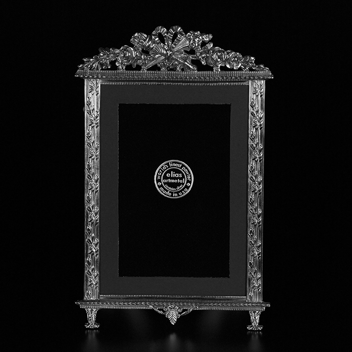 elias artmetal pewter rose torch vertical picture frame 8 x 10. Black Bedroom Furniture Sets. Home Design Ideas