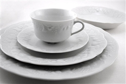 Blanc de Blanc 5-Piece Place Setting by Philippe Deshoulieres