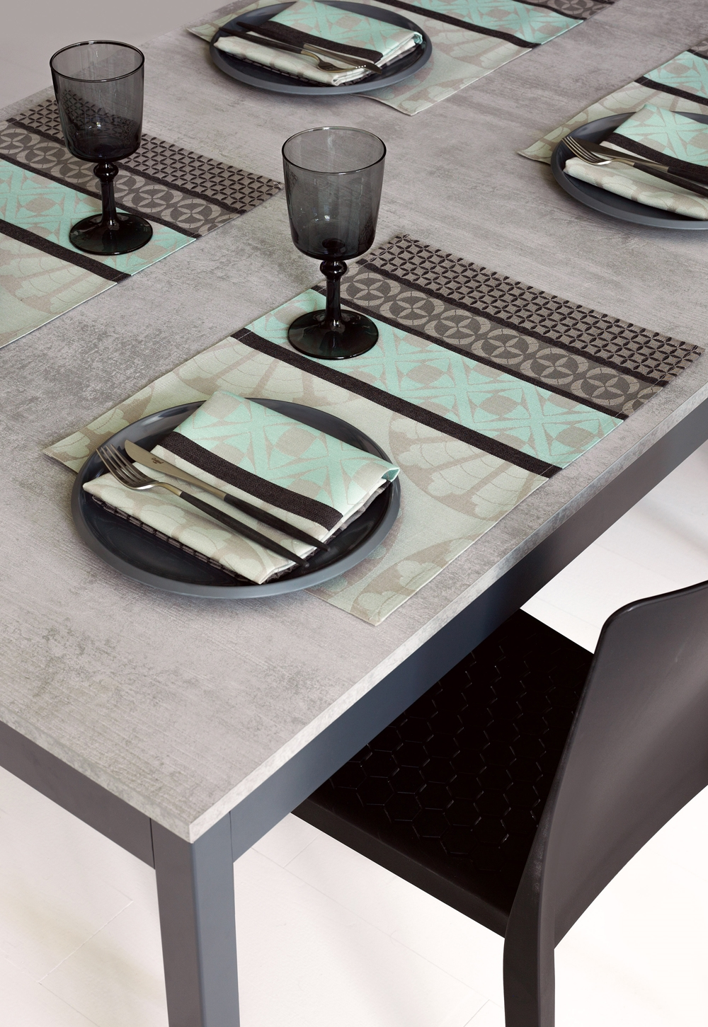 le jacquard francais bilbao enduite table linens. Black Bedroom Furniture Sets. Home Design Ideas