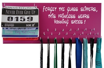 RUN Disney : medals and race bibs holder