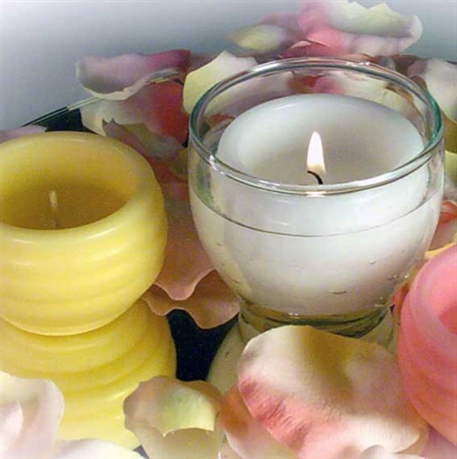Mini pool floating candles